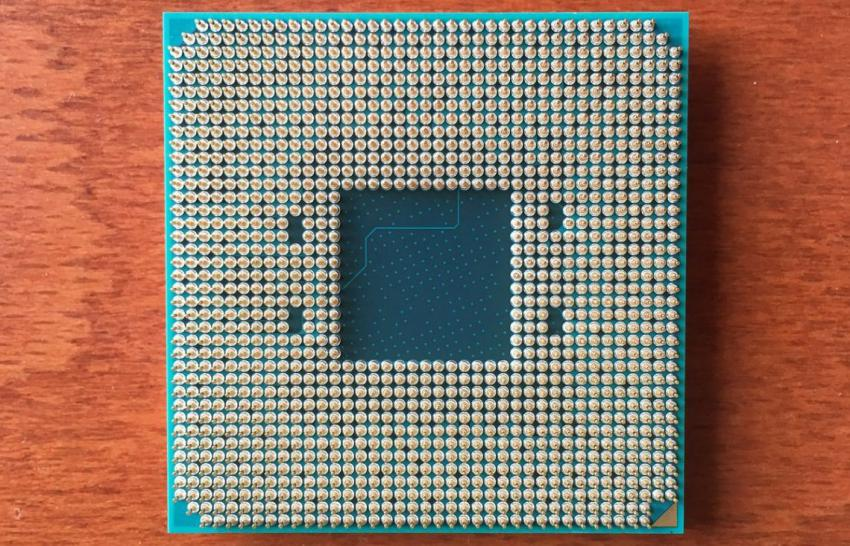 amd-zen-bristol-ridge-chip-backside-1140x732-pcgh